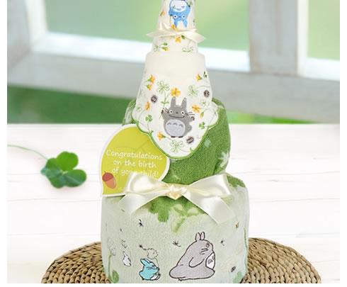シンプルで可愛らしいサイズのおむつケーキ
