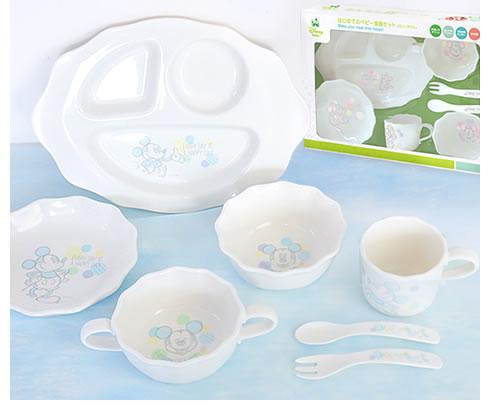 エレガントなデザインの離乳食食器セット